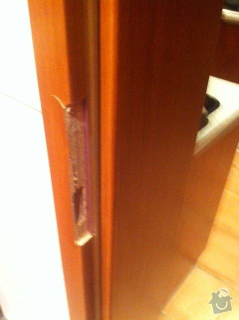 Oprava vnitřních dveří: 2