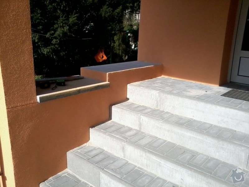 Kontaktní zateplovací systém,Pochozí a pojezdové plochy ze zámkové dlažby: 2013-10-05_12.44.30