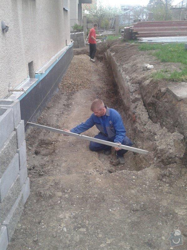 Kontaktní zateplovací systém,Pochozí a pojezdové plochy ze zámkové dlažby: 7.5.2013_Radolfovi_020