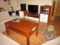 Kuchyňská linka, jídelní stůl, příborník, vestavné skříně, obývací stěna: Obyvak_209_1_
