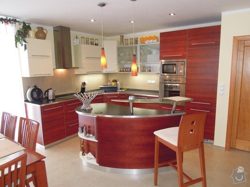 Kuchyňská linka: Kuchyn_209_1_