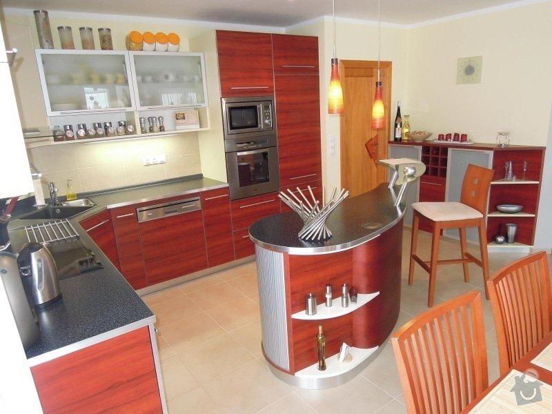 Kuchyňská linka: Kuchyn_2011_1_