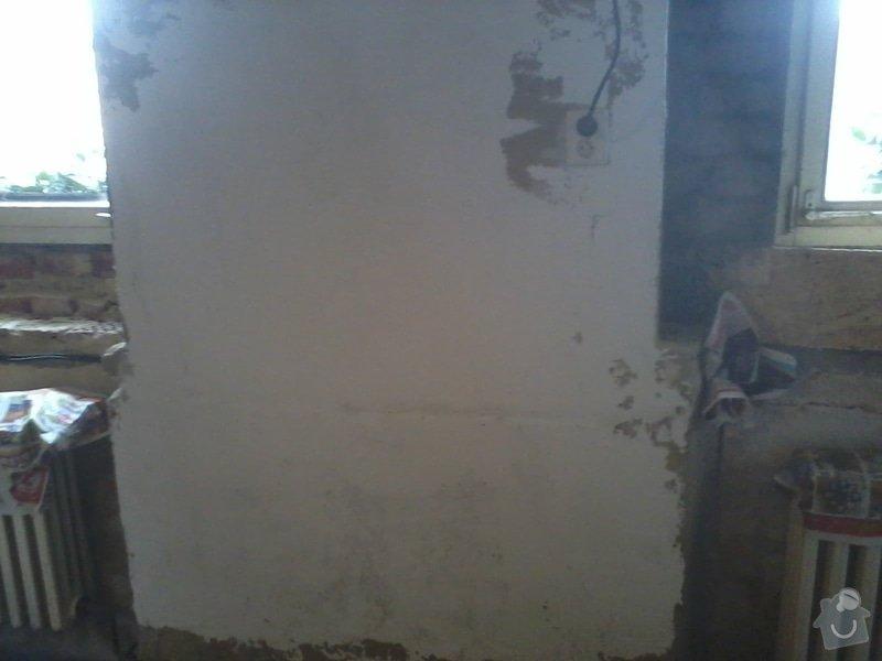 Malířské a zednické práce (3 místnosti) : Natazeni_sterkove_hmoty_-_cast_zdi-_prvni_vrstva