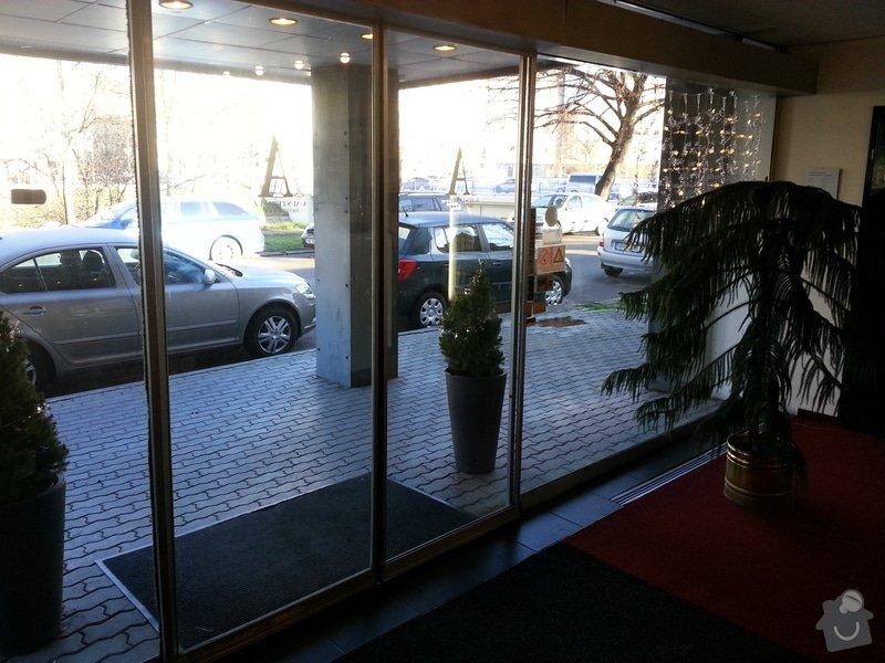Zámek na automatické dveře: 20131202_100156