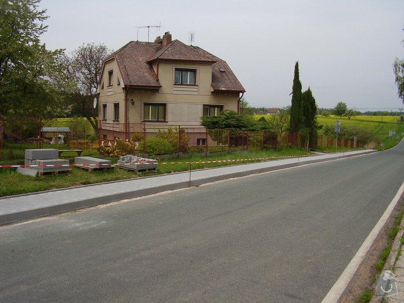Chodníky obec Zábrodí: P8150034
