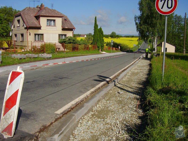 Chodníky obec Zábrodí: P8250055