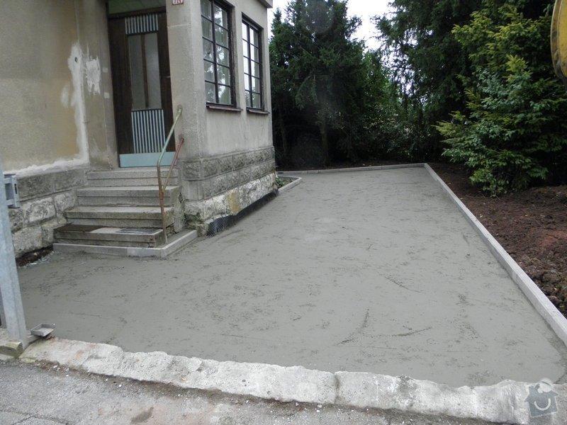 Zámková dlažba: P9200253