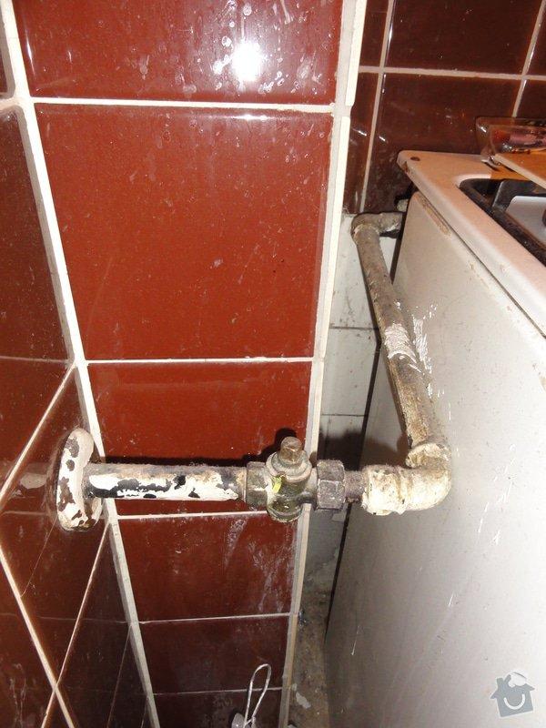 Oprava závad přívodu plynu ke sporáku: DSC09734