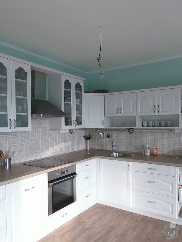 Kuchyňská linka: PC040036