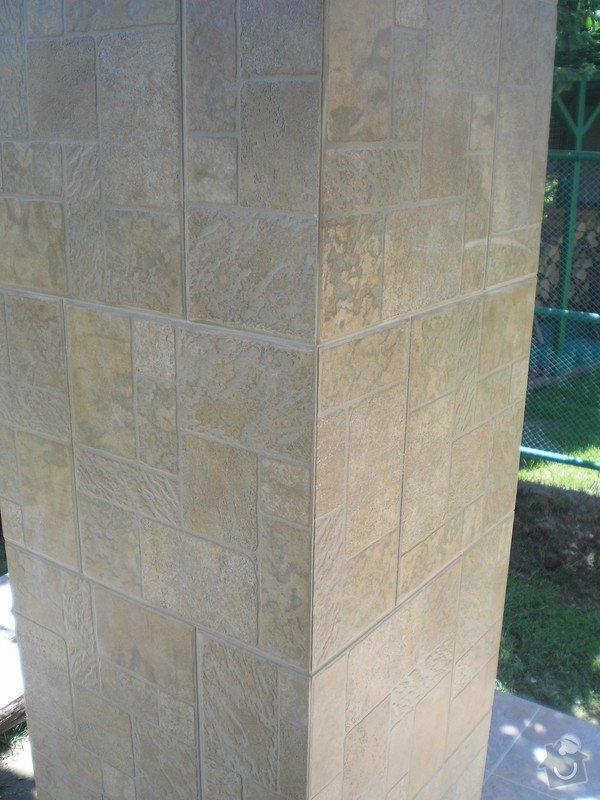 Provedení obkladů a dlažeb v novostavbě RD: P7010063