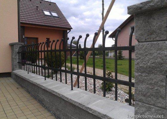 Výroba a montáž oplocení rodinného domu