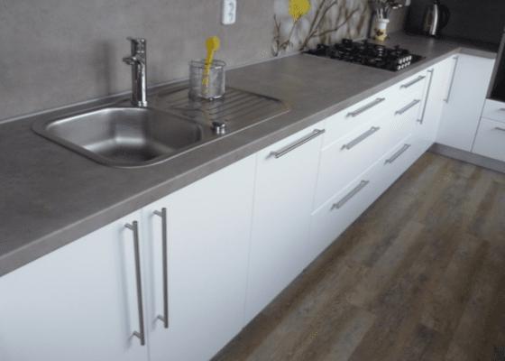 Rekonstrukce kuchyňské linky + zednické práce