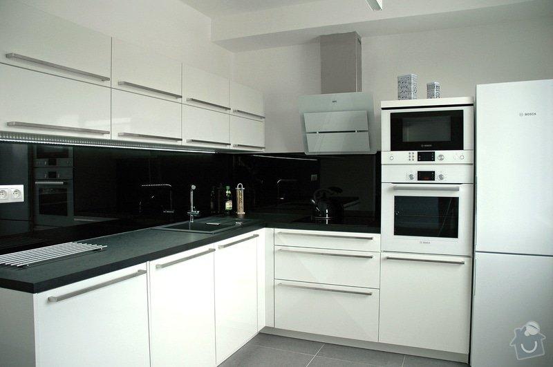 Realizace kuchyňské linky: kuchyn_Rot_Punkt_Durica_001