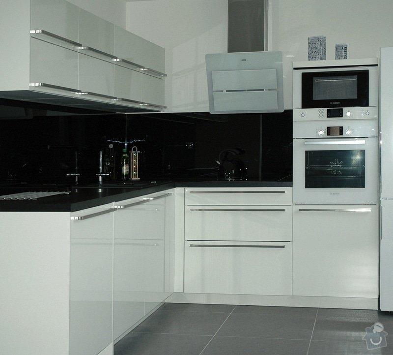 Realizace kuchyňské linky: kuchyn_Rot_Punkt_Durica_002