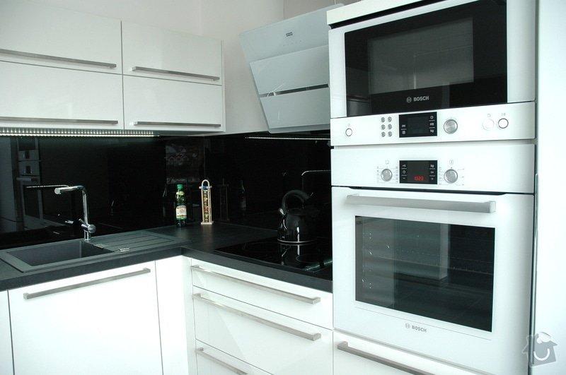Realizace kuchyňské linky: kuchyn_Rot_Punkt_Durica_005
