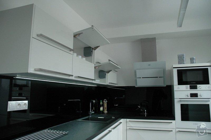 Realizace kuchyňské linky: kuchyn_Rot_Punkt_Durica_007