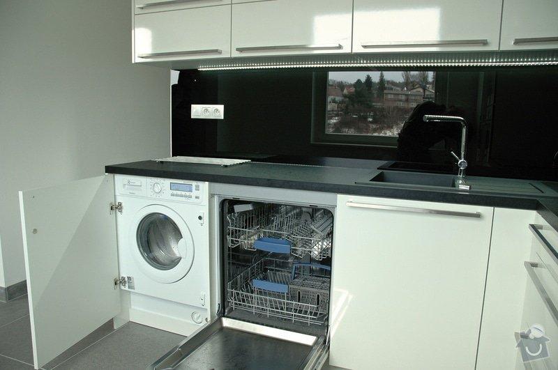 Realizace kuchyňské linky: kuchyn_Rot_Punkt_Durica_009