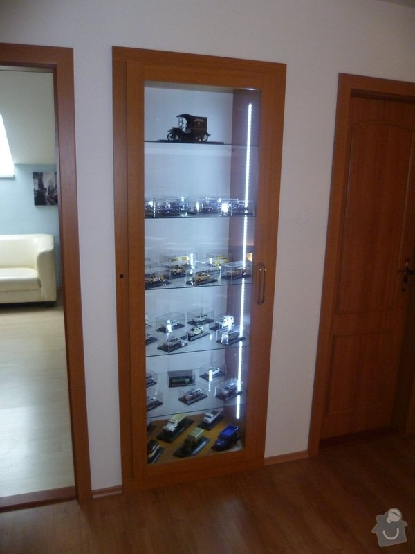 Vestavěná skřín + postelový nábytek: P1040019