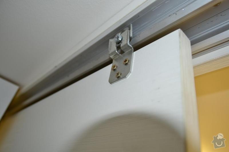 Oprava posuvných dveří: _DSC0963
