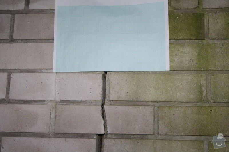 Vyplnění poprskaných spár v cihlové zídce a opěrné zdi: IMG_7503