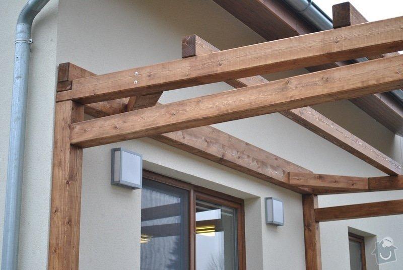 Zahradní altán, 2x dřevěná pergola u novostavby RD Hněvotín: Sloukovi_Hnevotin_09