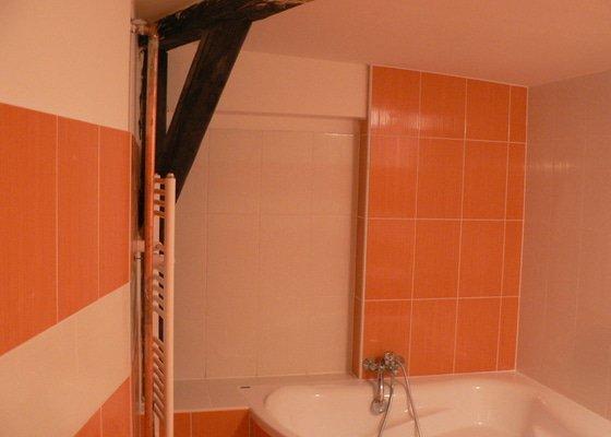 Rekonstrukce koupelny sádrokarton,vana.