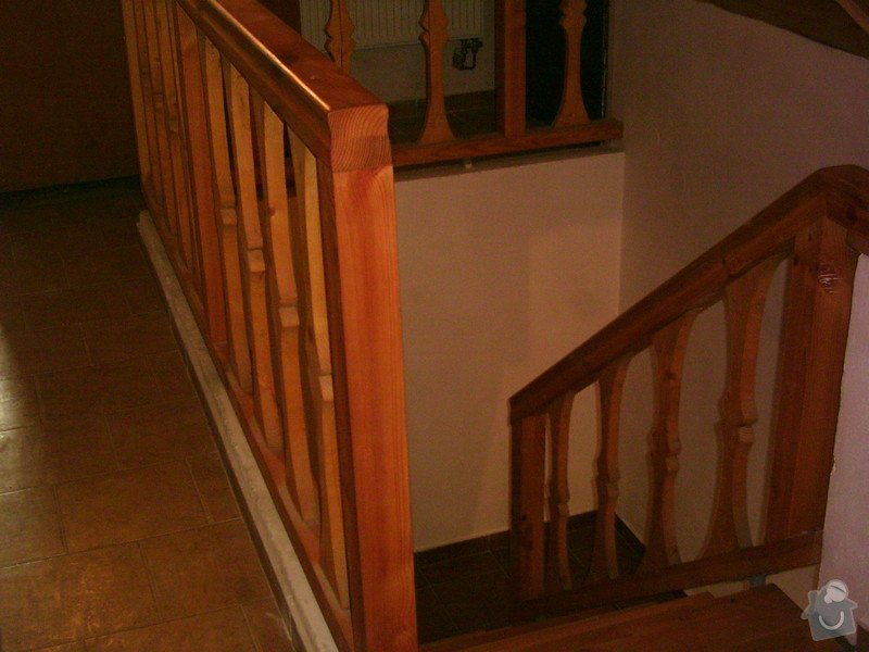 Rekonstrukce schodiště a výroba stylového zábradlí: PHTO0145