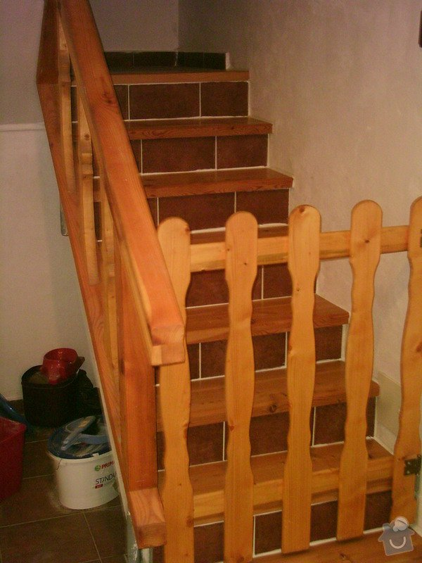 Rekonstrukce schodiště a výroba stylového zábradlí: PHTO0152