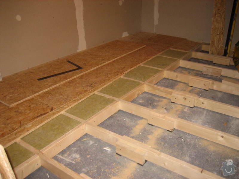 Vybudování konstrukce místnosti ze dřevěných trámů, (akustické příčky), akustická podlaha, sádrokarton.: IMG_0174