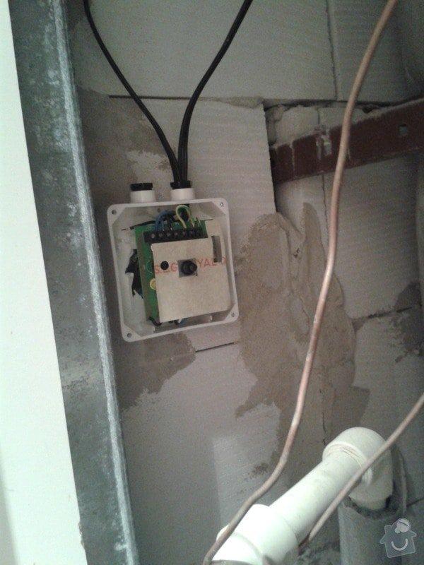 Oprava odsávání WC a koupelny: 20131219_210041