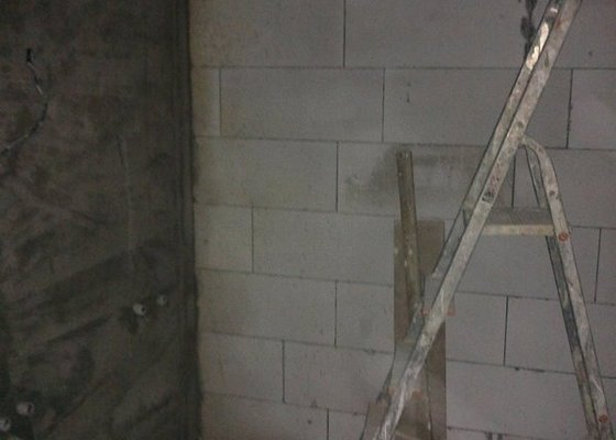Zednické a obkladačské práce (rekonstrukce bytu, Praha 6)