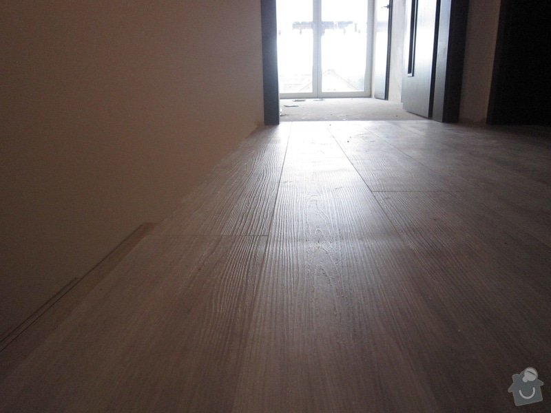 Dodávka a pokládka vinylové podlahy : IMG_5828