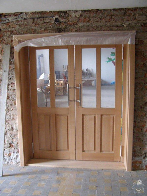 Rekonstrukce kulturního domu - omítání, štukování, stavební a instalatérské práce: P5220100