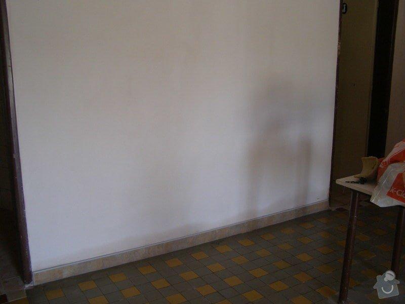 Rekonstrukce kulturního domu - omítání, štukování, stavební a instalatérské práce: P6130173