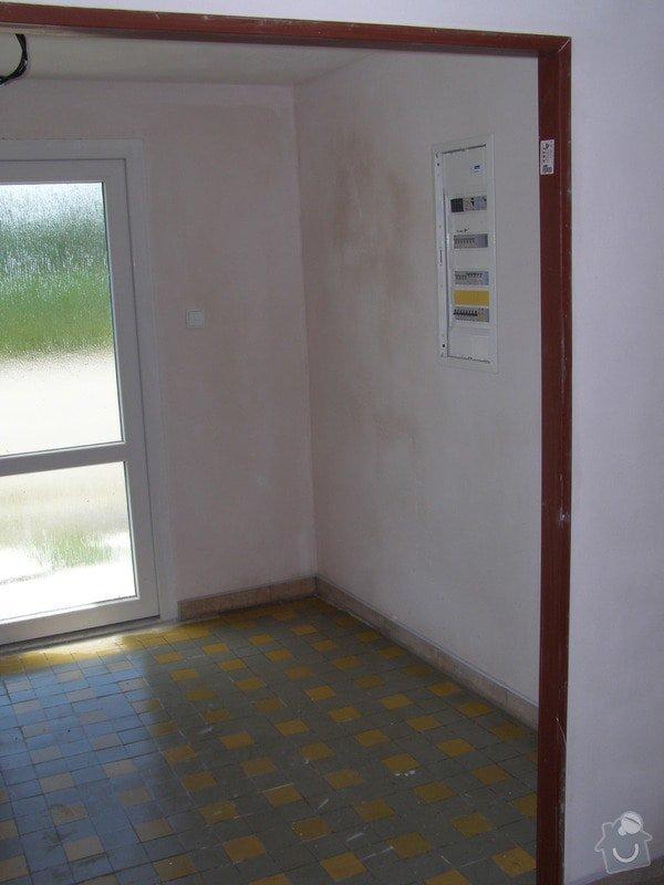 Rekonstrukce kulturního domu - omítání, štukování, stavební a instalatérské práce: P6130182