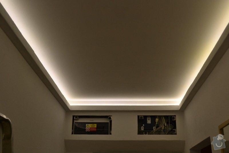 Osvětlení zádveří panelového bytu.: DSC_0895