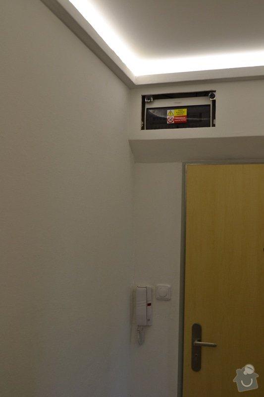 Osvětlení zádveří panelového bytu.: DSC_0896