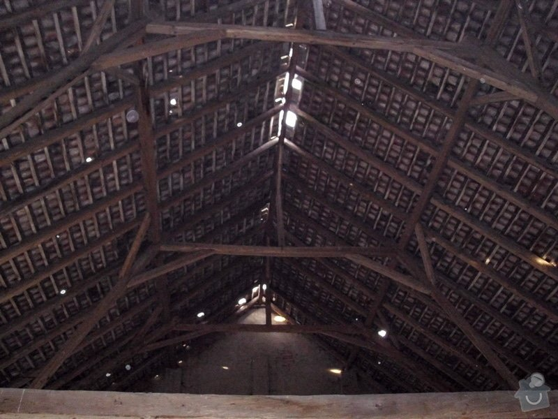 Oprava krovu na stodole: Neumerice_-_stodola