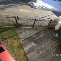 Parkoviste u rodinneho domku 90m2 plotova stena pict5039v