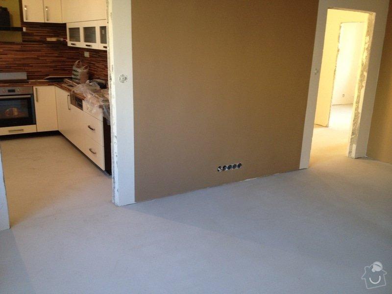 Samonivelační stěrka, pokládka vinylové podlahy.: IMG_1023