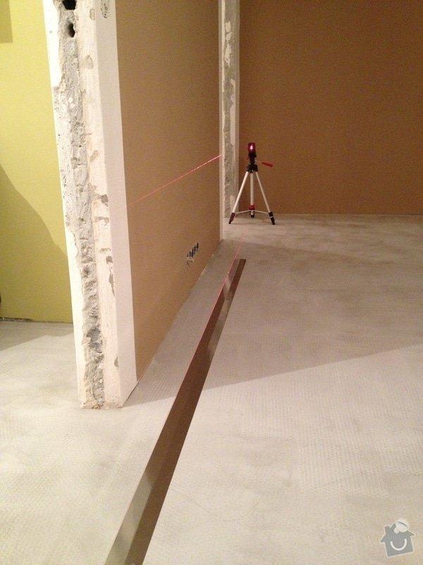 Samonivelační stěrka, pokládka vinylové podlahy.: IMG_1024