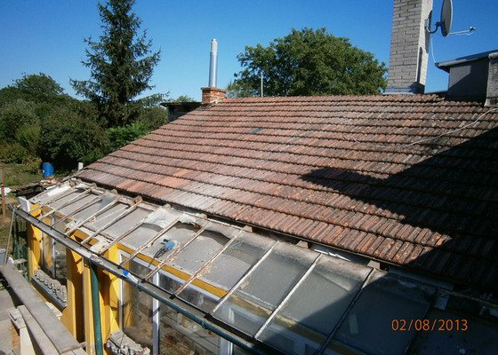 Rekonstrukce stávající střechy vč.její zateplení foukanou izolací CLIMATIZER PLUS