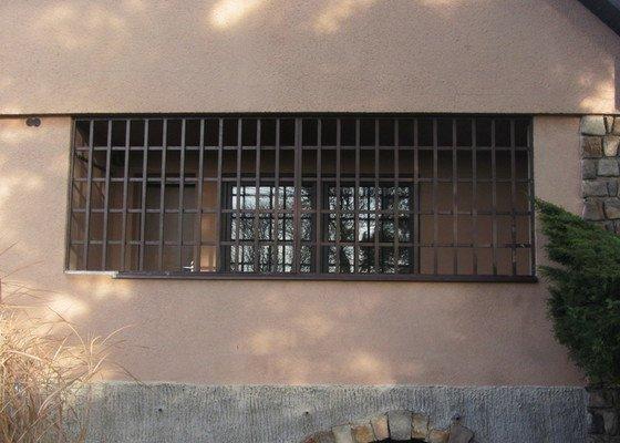 Odstranění kovových mříží