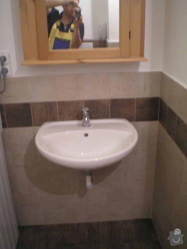 Rekonstrukce koupelny: PC020073