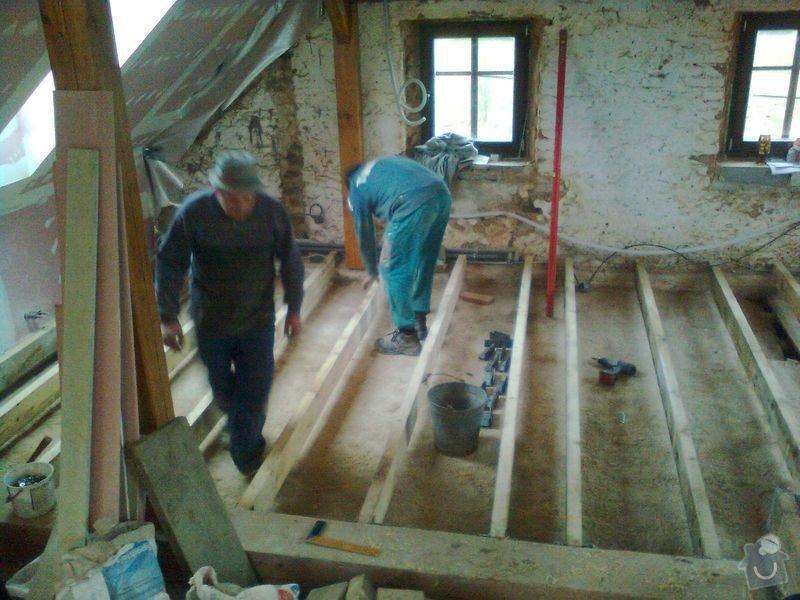Půdní vestavba,realizace koupelny, oprava fasády na RD.: mix_5.11.2010_018
