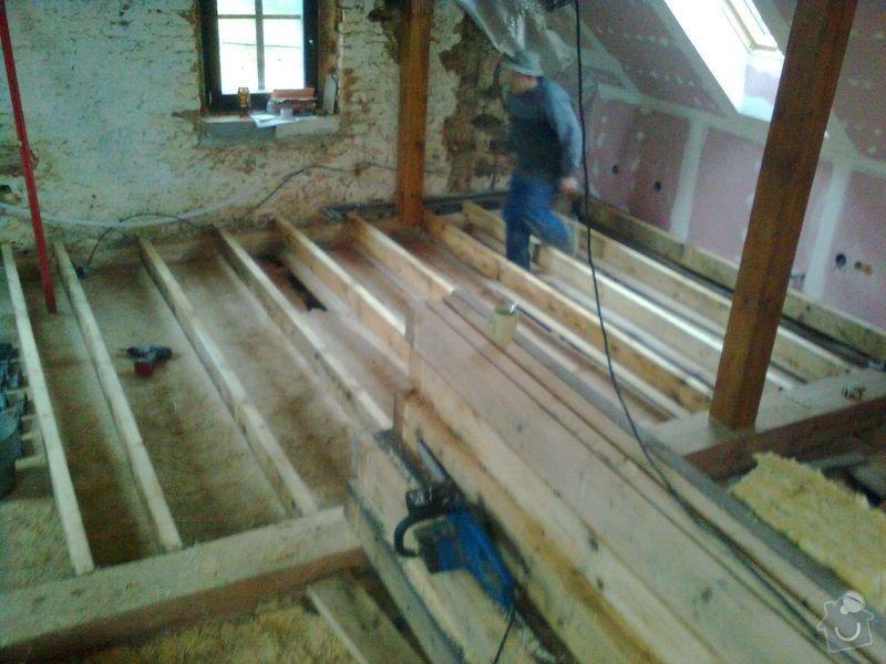 Půdní vestavba,realizace koupelny, oprava fasády na RD.: mix_5.11.2010_019