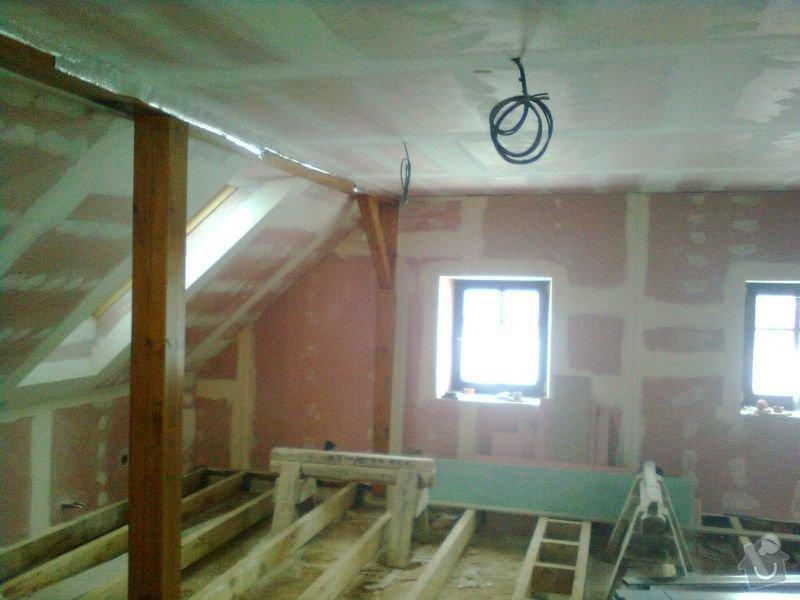 Půdní vestavba,realizace koupelny, oprava fasády na RD.: mix_5.11.2010_029