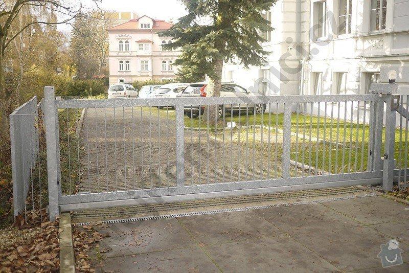 Posuvná a křídlová brána, branka, oplocení: VN04