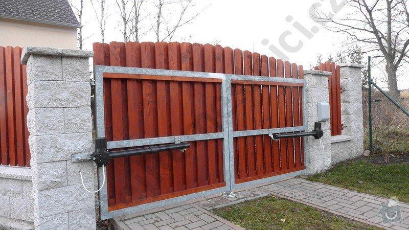 Křídlová brána s pohonem a vchodová branka : VN01