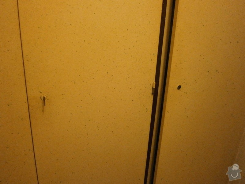 Oprava dveří: DVERE1